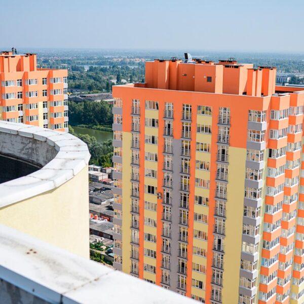 новостройки хотят оборудовать зонами спасения на крышах